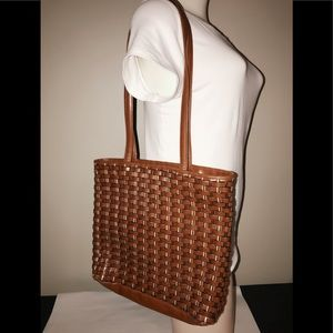 Vintage Nine West woven purse
